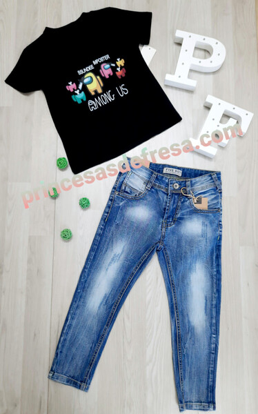 Conjunto pantalon y camiseta Among us
